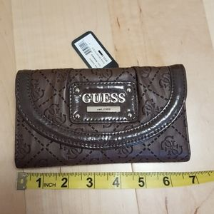 NWT Brown Guess Wallet